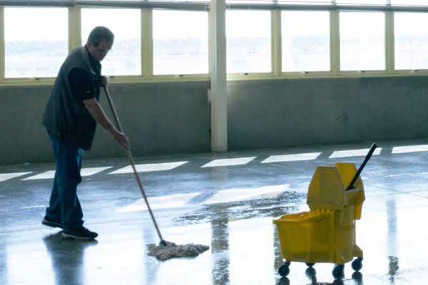 limpieza de industria y naves